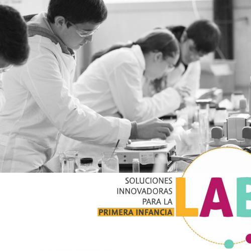 """[Noticia] Facultad de Educación y Medicina realizan primera versión del Lab """"Soluciones innovadoras para la primera infancia"""""""